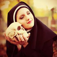 Autumn Love - nun by freemax