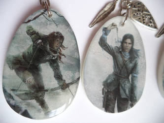 Rise of the Tomb Raider Keychain / Key chain2 by Joliennd