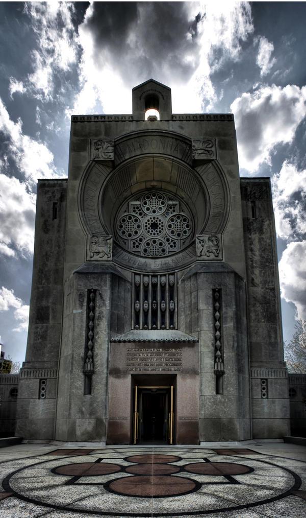 Loyola Jesuit Church by ShemOrion