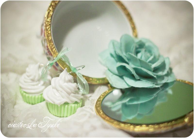 Green cupcakes by ciasteczkatynki