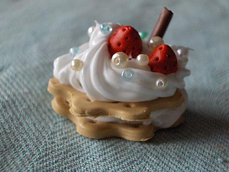 +S.O.A.: cake charm+ by BloodyPhoenix