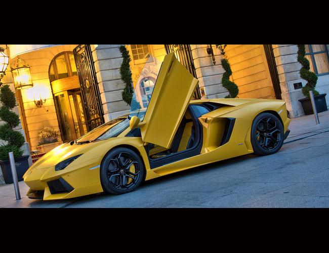 Yellow Lamborghini by SpartanNinja