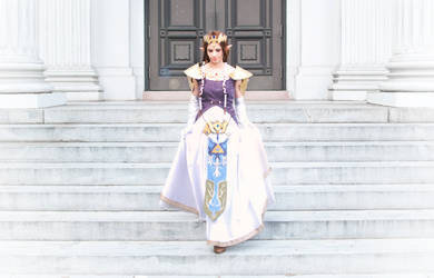 On the Steps of the Palace by LimitlessEdge