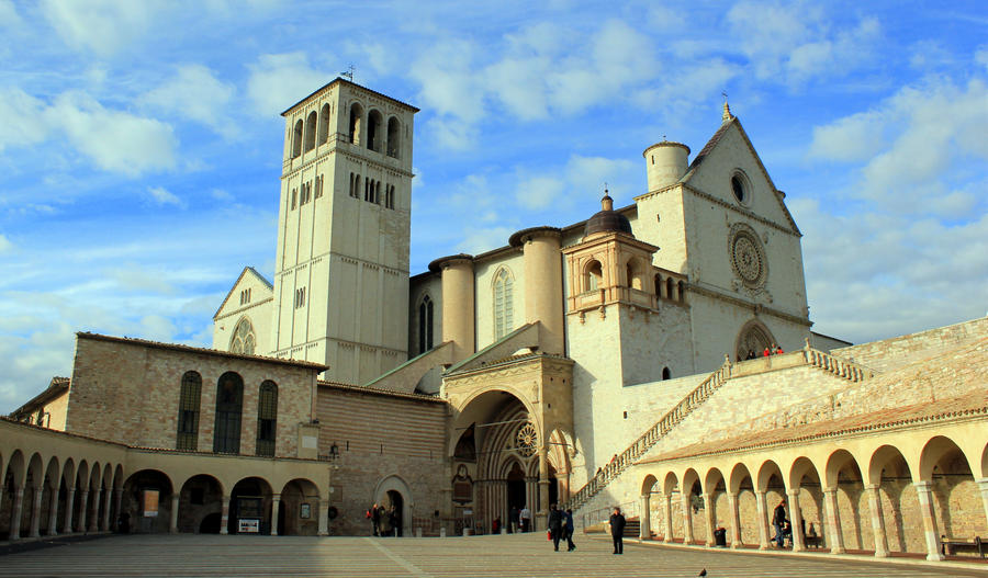 assisi chatrooms Assisi (the life of a saint, that inspired a holy father) this morning, your group will enjoy breakfast followed by a full day of touring the hometown of st francis st.