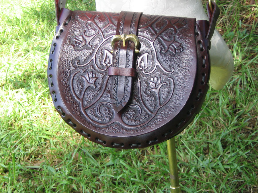 Mord-sith Inspired Handbag by ValkyrieLeather