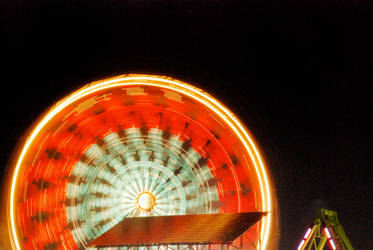 Round and Round it Goes by iamsaussy