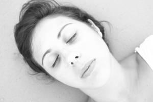 sleepin' by pearl-sayuri