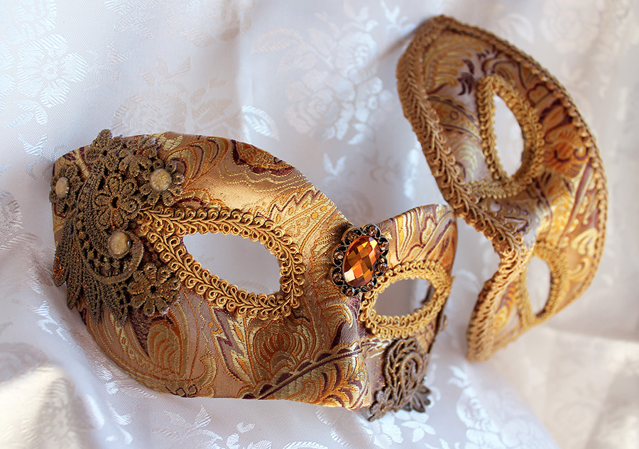 Golded Brocade Couples Masks with Venise Lace by DaraGallery