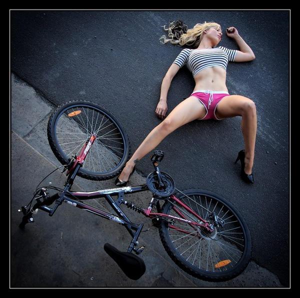 骑单车的美少女 - ★  牧笛  ★ - ★★★ 世界数码艺术博览★★★