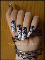Black and White Nails by DevilFemale90