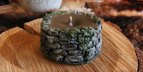 Ancient Mossy Well Candle (Clay sculpture)