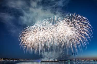 Vancouver Celebration of Lights 2014 by phunkeymonkie
