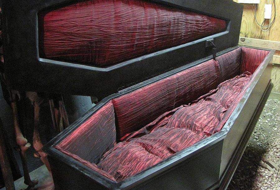 Если снится черный гроб