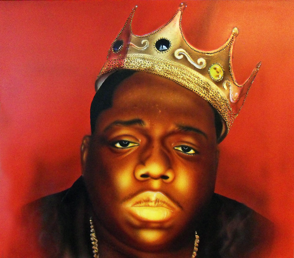 Biggie airbrushed with gold leaves