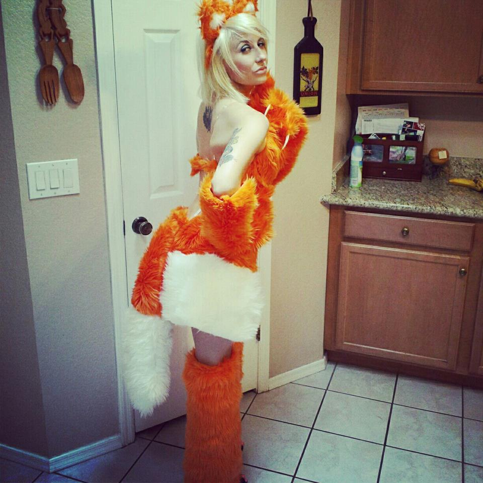 firefox_cosplay_costume_by_metalkrissy-d