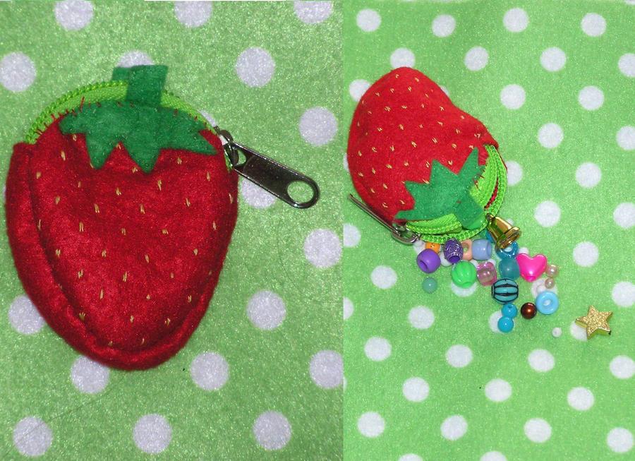 Strawberry Purse by FrostedMayhem