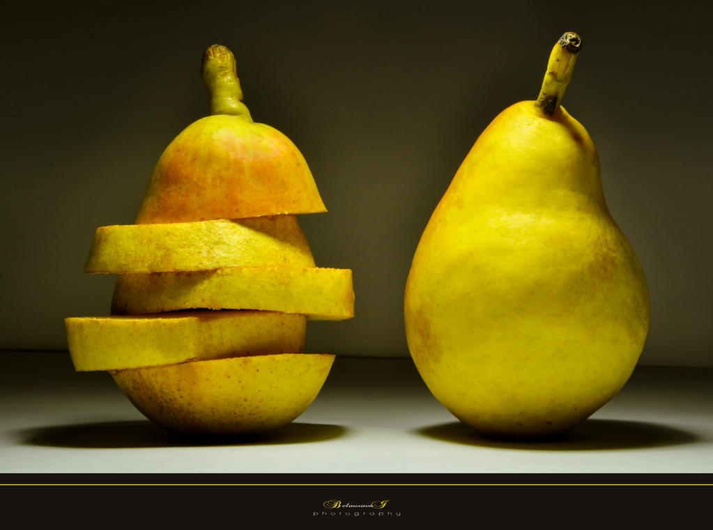 Pears by aniribe