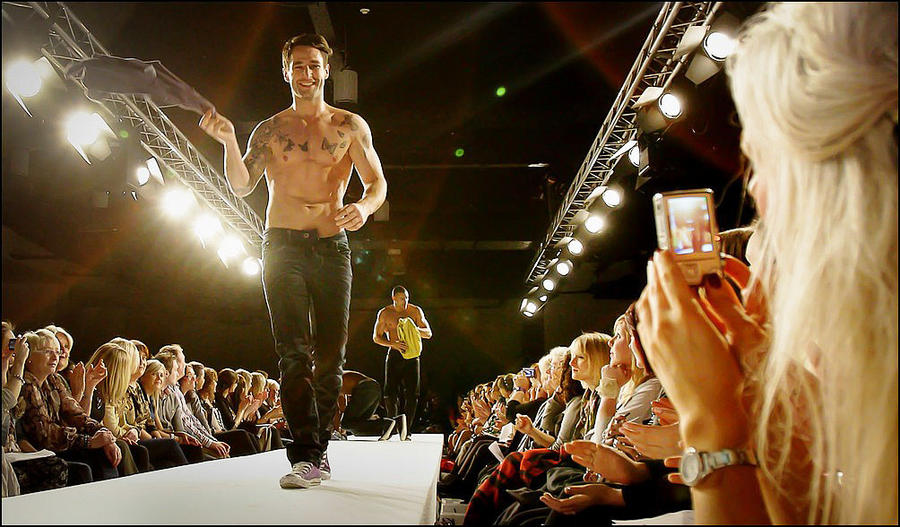 Belfast Fashion Week 2011 By Rabbitheartolivia On Deviantart