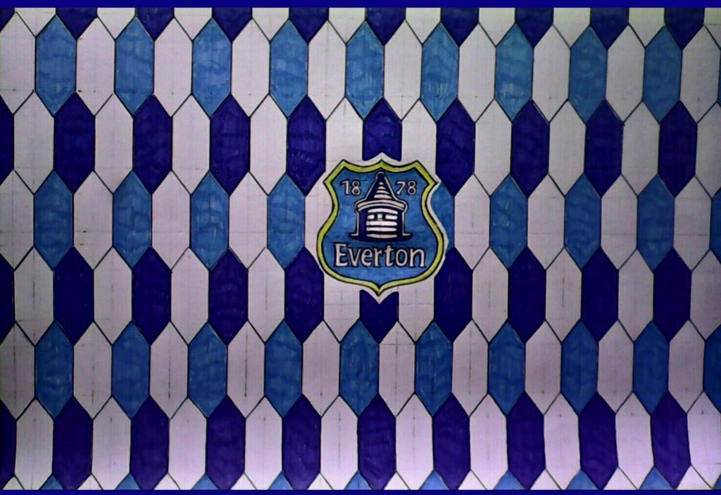 Everton logo by carlossimio