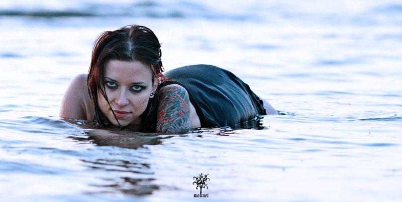 Venom 02 by Isahn