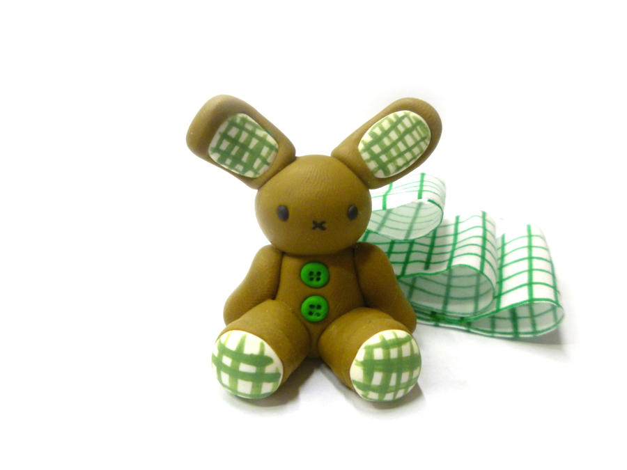 Green Bunny - polymer clay by TenereDelizie