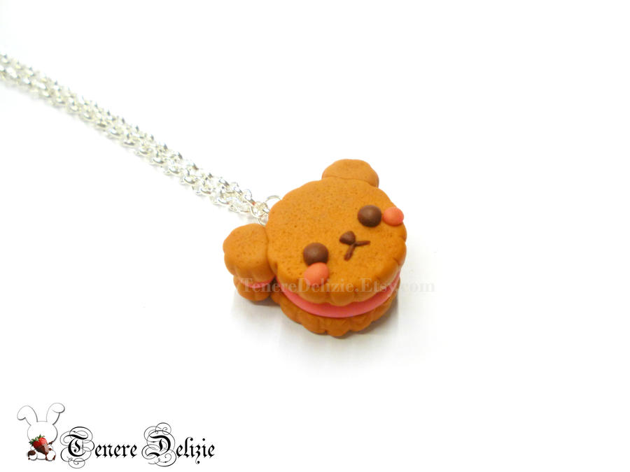 Kawaii bear biscuit necklace - polymer clay by TenereDelizie