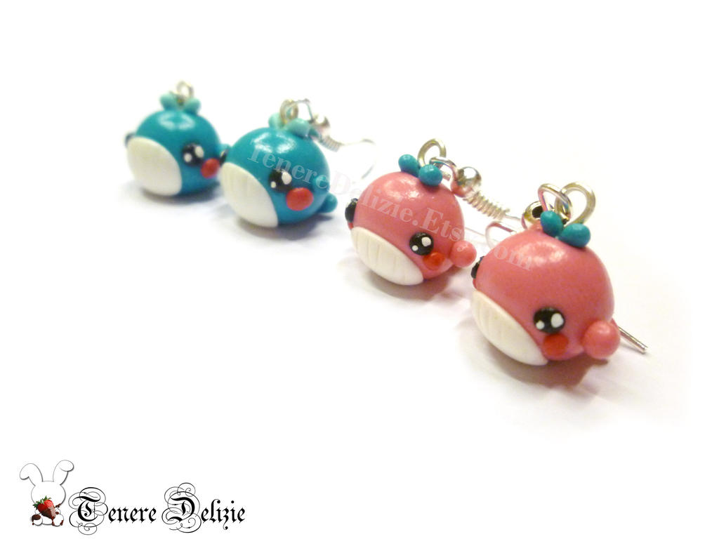 Kawaii whale earrings, animal polymer clay earring by TenereDelizie