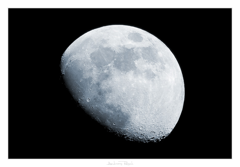 Moon by AndreasResch