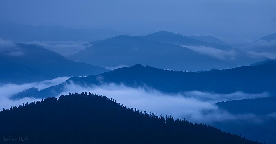 Fog in the Valley by AndreasResch