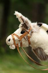 Hobbyhorse Cashew by Avalon90