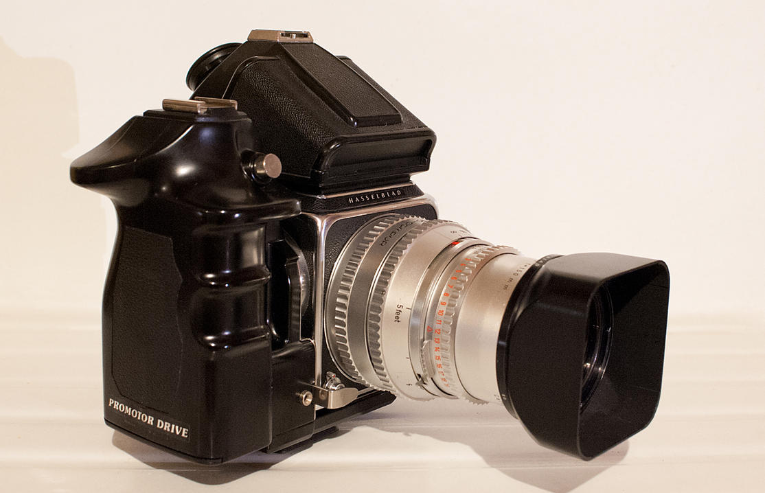 Found A Power Winder For My Hassy 500c M Camera Parts Diagram Nikon F3p Rumors Got It Shown With The Sonnar 150mm Lens And Prism Finder