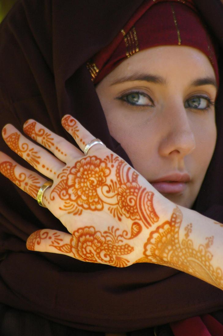 arabic henna in bali by emeraldserpenthenna on
