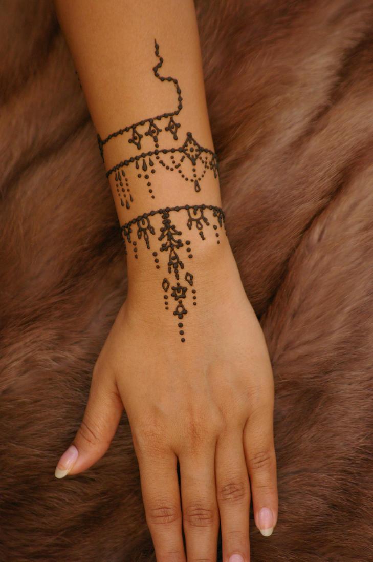 Mehndi Wrist Watch : Antique jewelry inspired henna tattoo hand by