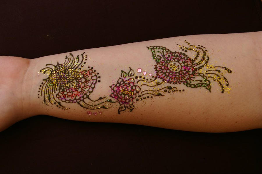 Mehndi Flower Tattoo Designs : Drying flower henna tattoo with glitter~ by emeraldserpenthenna on