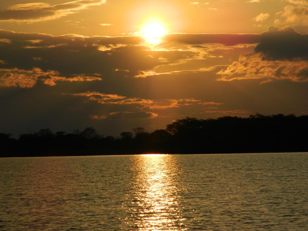 Sunset - Weekend by tairineluiza90