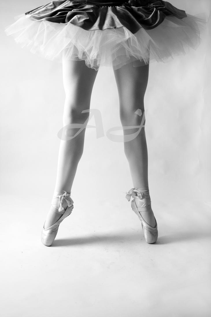 Ballerina Legs 2 by a-aracnaphobic