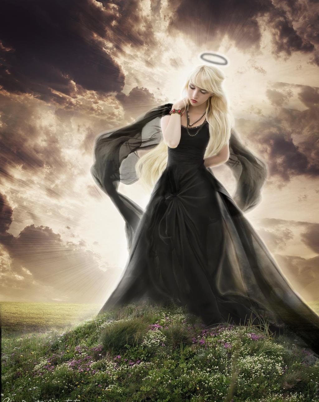 Fallen Angel by Anarielhime