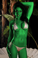 she hulk en silver vikini by elneanderthal