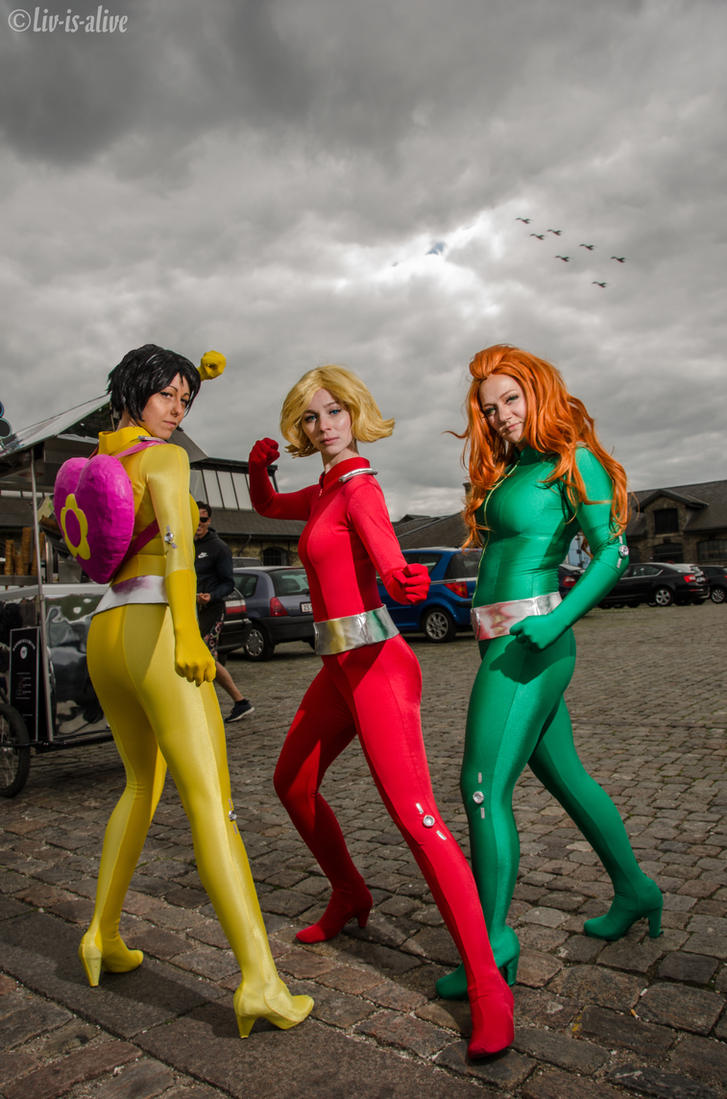 Totally spies by liv is alive on deviantart - Deguisement totally spies adulte ...