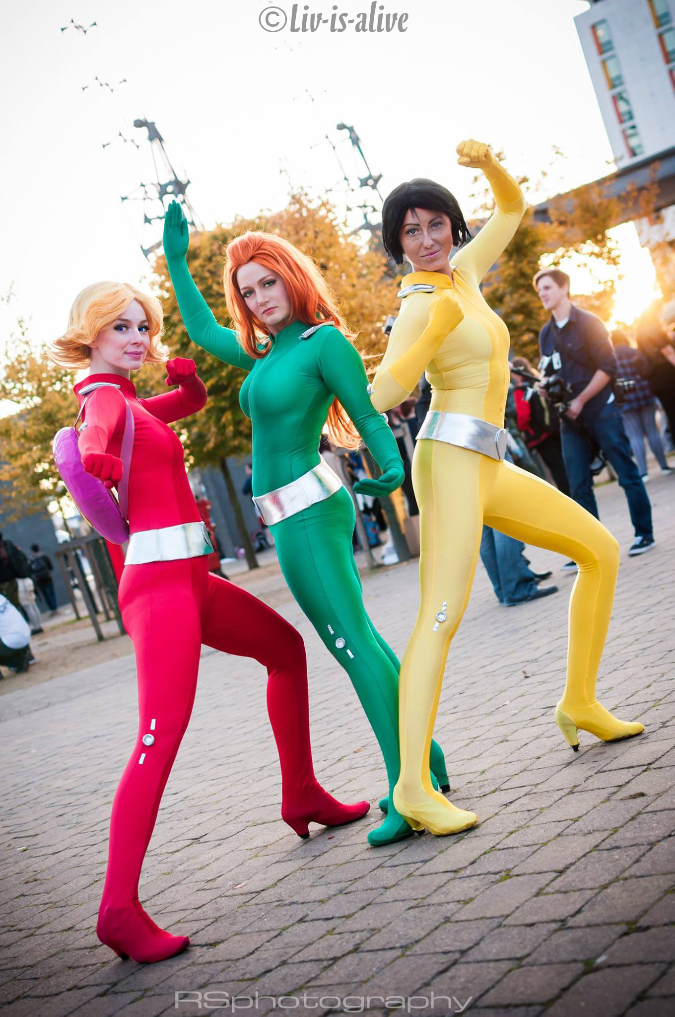 Get on with the show by liv is alive on deviantart - Deguisement totally spies adulte ...