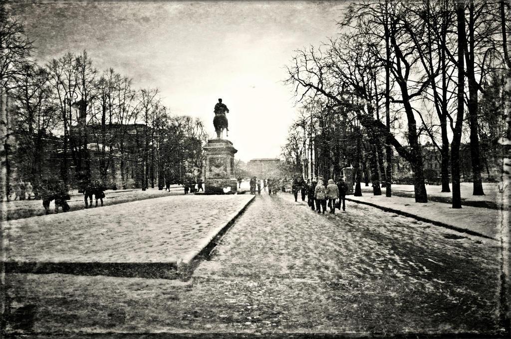 Walk around the Mikhailovsky Castle.19 by Bobbyus