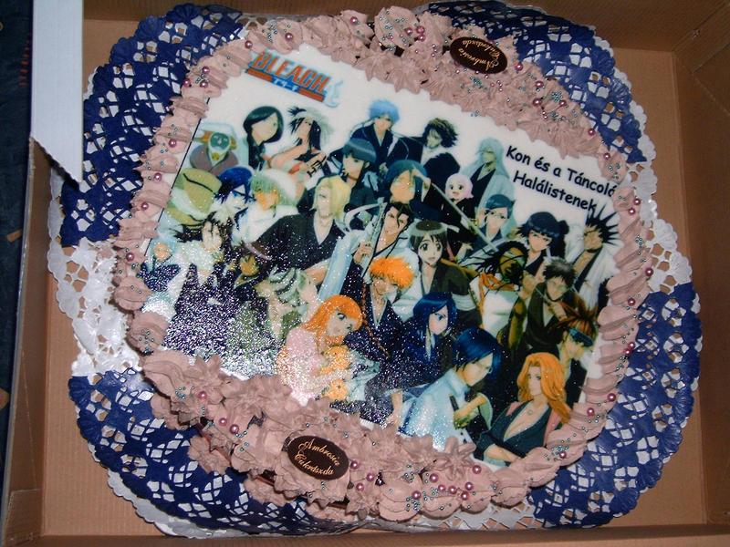 [Resim: Bleach_cake_by_Danila_san.jpg]
