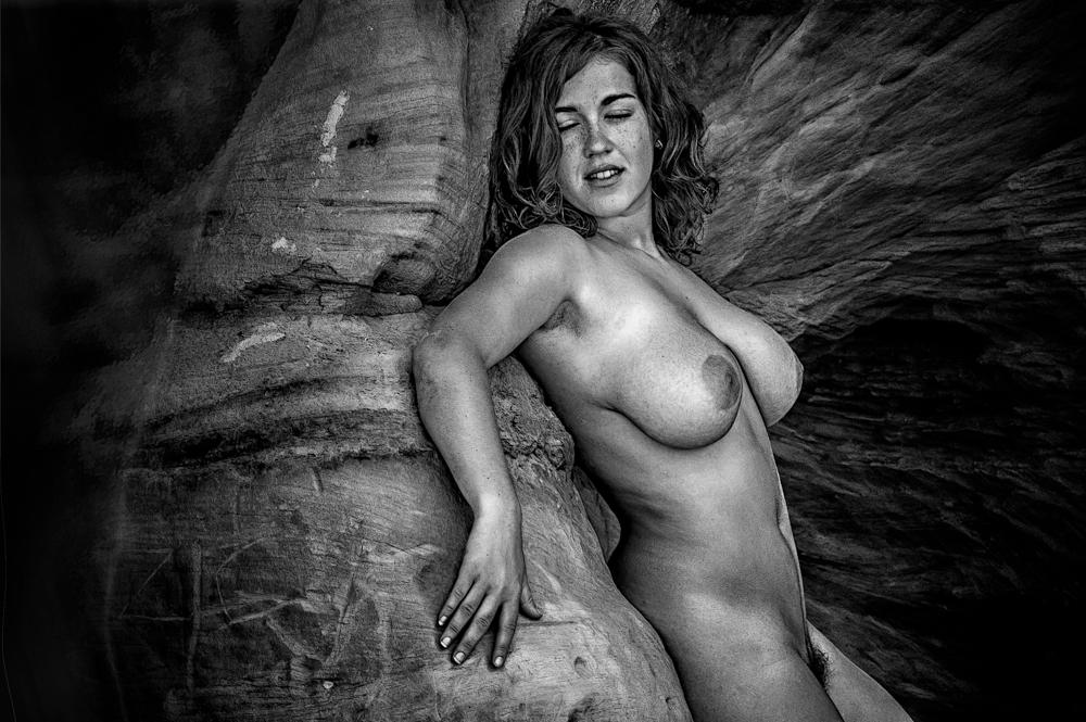 358 (Siren island) by ViestursLinks