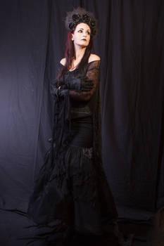Stock - Dark gothic Lady Headdress roses