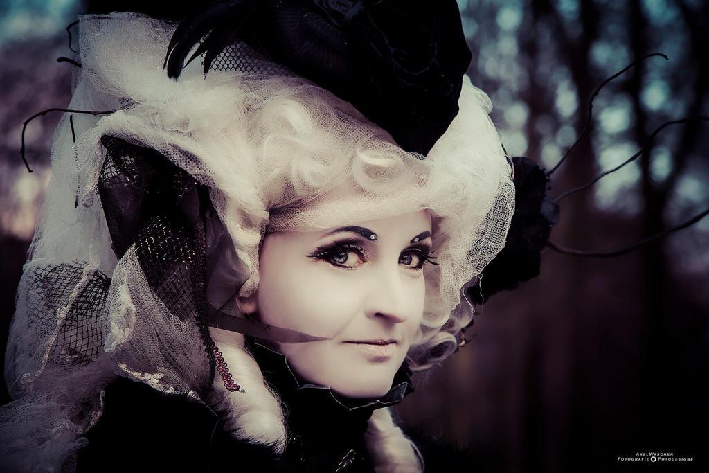 A secret smile ... gothic baroque by S-T-A-R-gazer