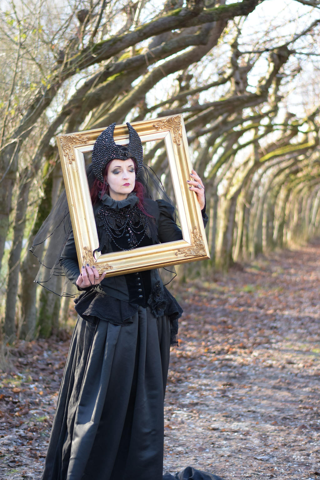 Stock - Gothic lady with frame 2