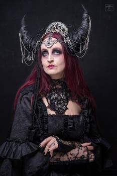 Stock - The dark  moon queen straight look