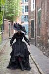 Stock - Gothic lady with big hat walk pose