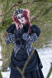Stock - Spooky burton woman pose heart straigth