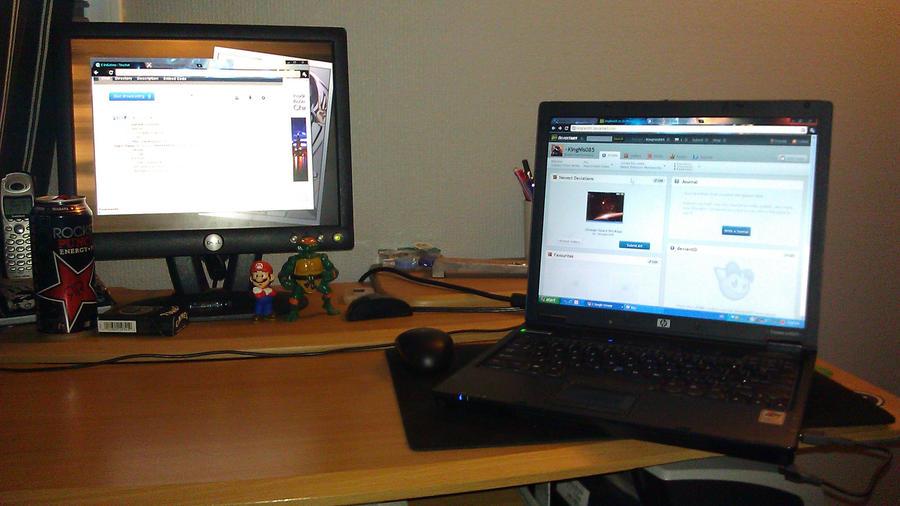Desktop and Laptop Setup by KingNis085 on DeviantArt